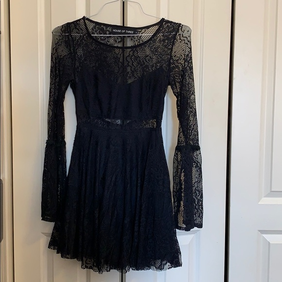 LF Dresses & Skirts - LF black lace dress